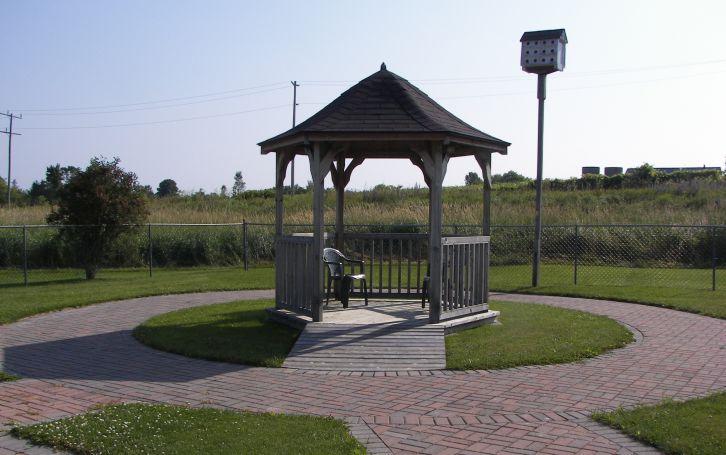 Burnbrae Gardens 2